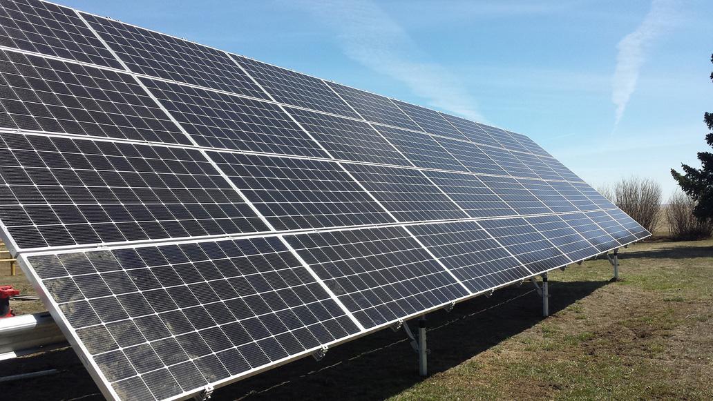 12 5kw Ground Mount Vulcan Farm Solarwind Renewable Energy